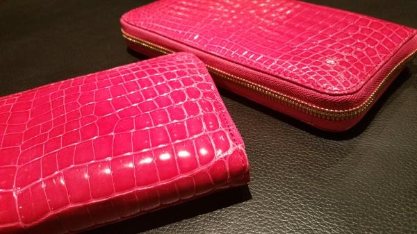 濃厚艶ピンククロコダイル/ラウンドファスナー長財布