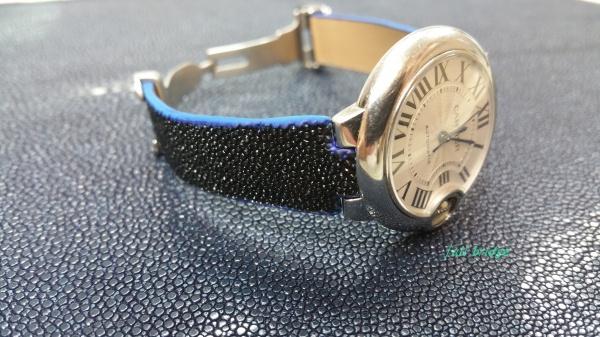カルティエ(Cartier)/バロンブルー/ガルーシャ(エイ皮革)スティングレイ/スティングレー/ 時計ベルト/ストラップ/バンド/コバ(切れ目)本磨き/純正Dバックルに合わせ加工/オーダーメイド(ビスポーク)