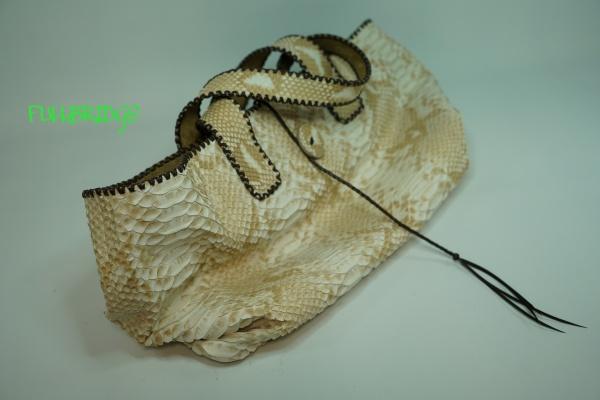 【FULLBRIDGEdesign】FULLBRIDGE別注染めHimalayan python(ヒマラヤ パイソン/ヘビ皮革・蛇バックカット・編み込み)フルオーダーメイド トートバッグ・芯材なしヴァージョン