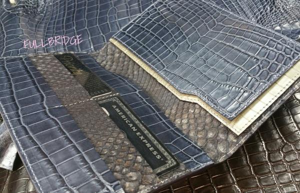 FULLBRIDGEdesign.Navy mat Crocodile x (inner)Ligth Gray mat Crocodile + FULLBRIDGE Bespoke Black Charcoal Dyed Python.Long Wallet Bespoke.Coba Style/ネイビーマットクロコダイル x (インナー)ライトグレイマットクロコダイル + FULLBRIDGE別注炭黒染めパイソン・束入れ長財布/コバ切り目/ビスポーク・フルオーダーメイド