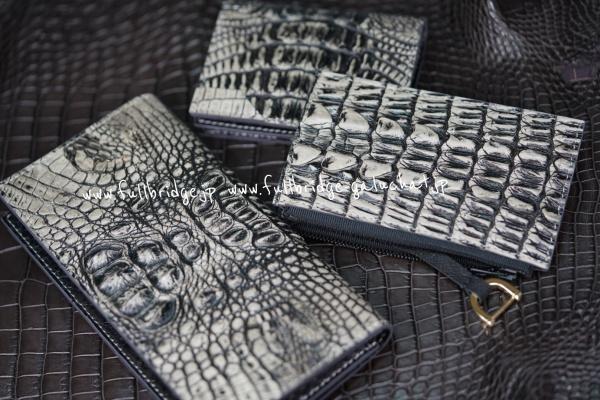 【FULLBRIDGE Design】Back Crocodile Bespoke Long Wallet x Inner Python/背ワニ クロコダイル フルオーダーメイド(ビスポーク.オーダーメード) 長財布/オールコバ(切り目)仕上げ ・内装、カード段、フルブリッヂ別注染め炭黒パイソン x 迷彩プリントパイソン